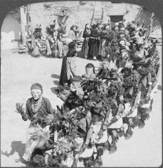 1024px-The_mask_of_Kachina_(Hopi_Indians_rain_maker),_village_of_Shonghopavi,_Arizona-single_image