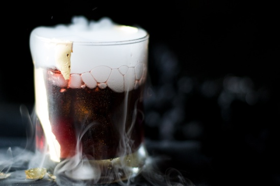halloween-cocktail-vampire-kiss-dry-ice-recipe